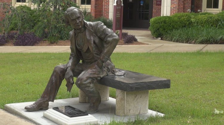 Students Demand Removal of Recognitions for Doak Campbell, Frances Eppes on Campus
