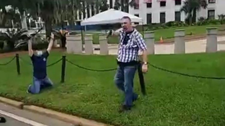 """""""Everyone Started Running and Screaming"""" : Tallahassee Man Pulls Gun on Protesters"""